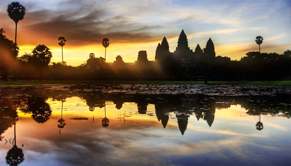 Photograph of Ankor Wat at sunrise