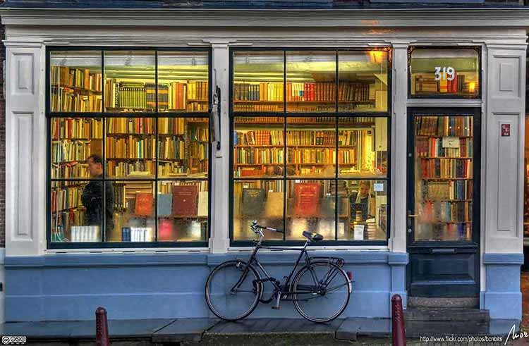 Photograph of Llibreria bookstore, Amsterdam, the Netherlands